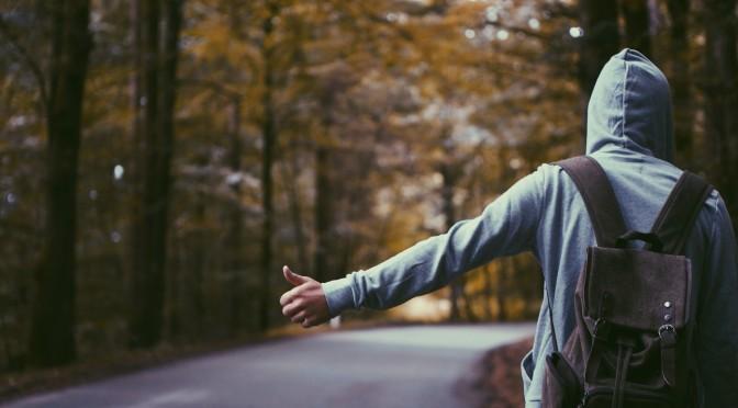 Te-ai saturat sa faci autostopul?Inscrie-te acum la scoala de soferi!